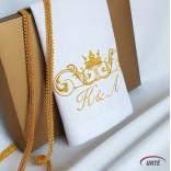 Karališkai siuvinėta servetėlė