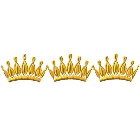 """Siuvinėtas rankšluostis """"Karalystės karūnos"""""""